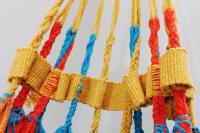Rede de solteiro quadriculada amarela, laranja e azul piscina 100% algodão com varanda macramé - Foto 2